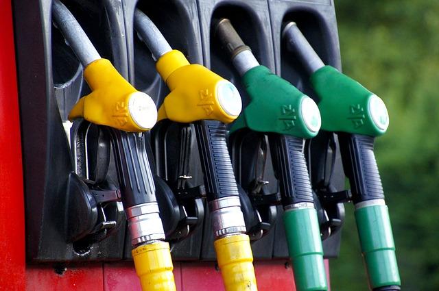ガソリン代を節約したいなら運転を意識しよう!