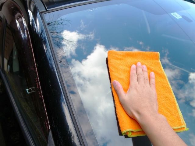 車を長く綺麗に保つための洗車のコツ